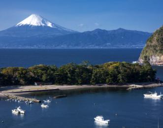 大瀬崎と富士山