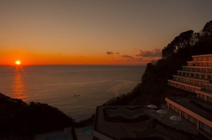 堂ヶ島のホテルと夕陽