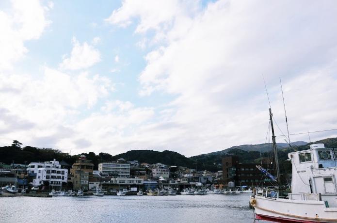 伊豆稲取の港町